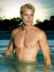 Justin-Hartley_l